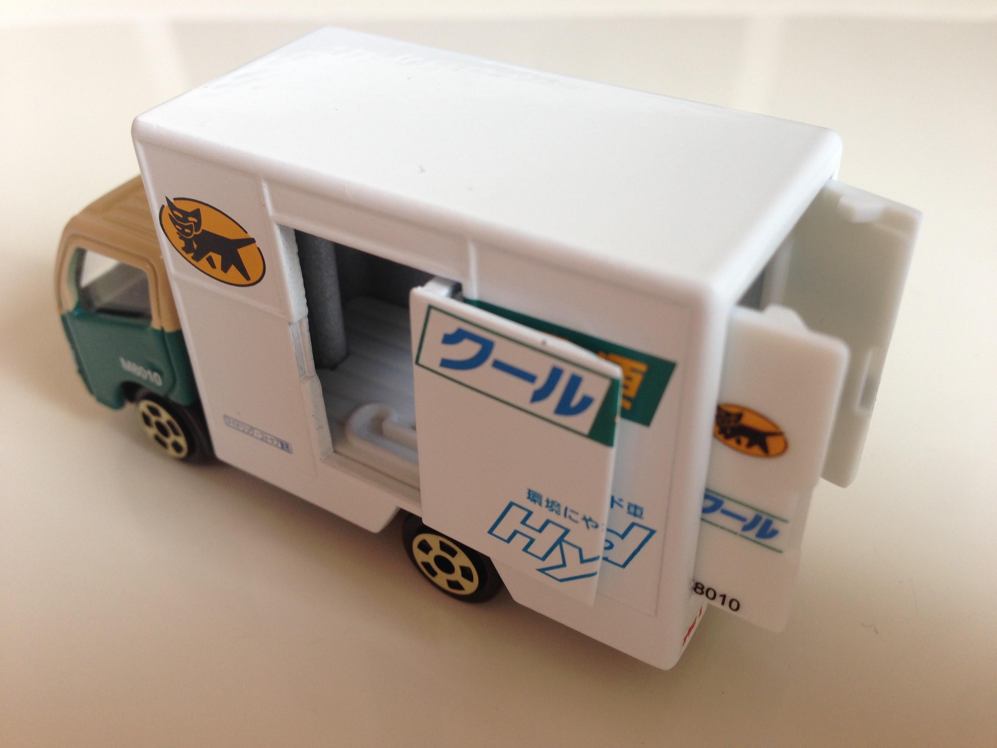 クール宅急便車-004